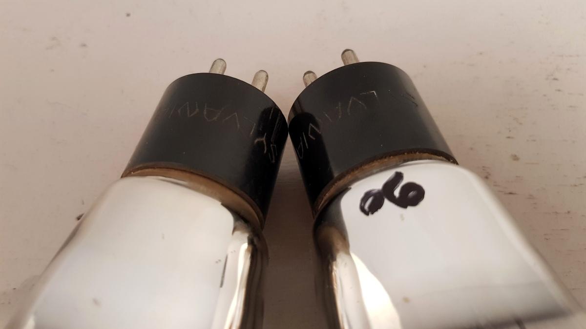 2 valvole tubes nos pair  SYLVANIA 2A3 Biplacca 033-034