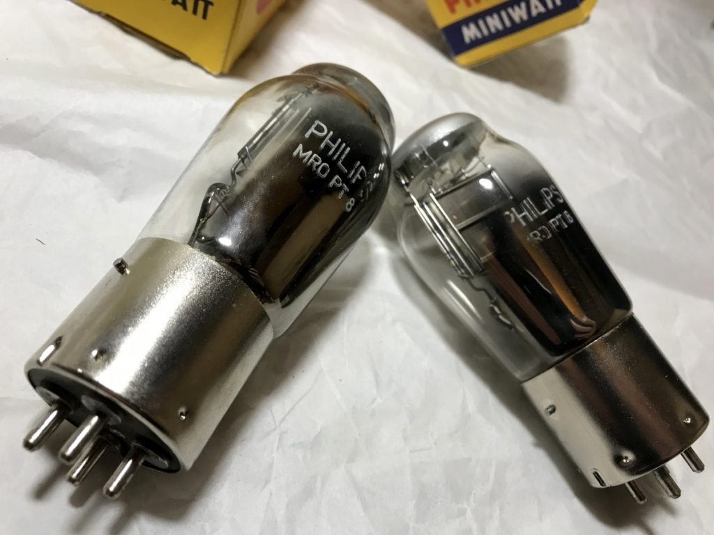 PHILIPS MRO PT8 PAIR 099